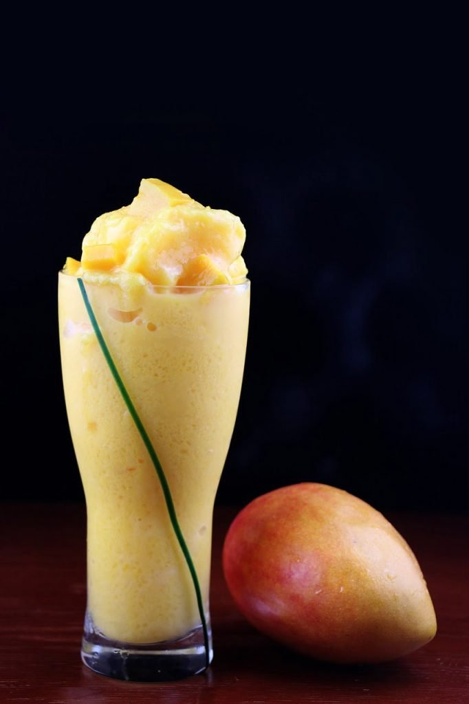 mango-smoothies-recipe